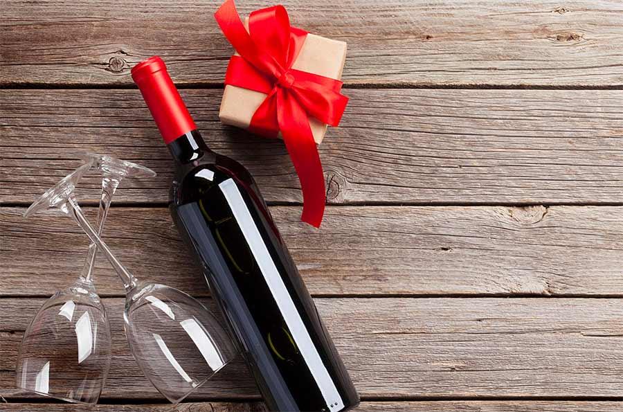 Cómo acertar a la hora de regalar vino