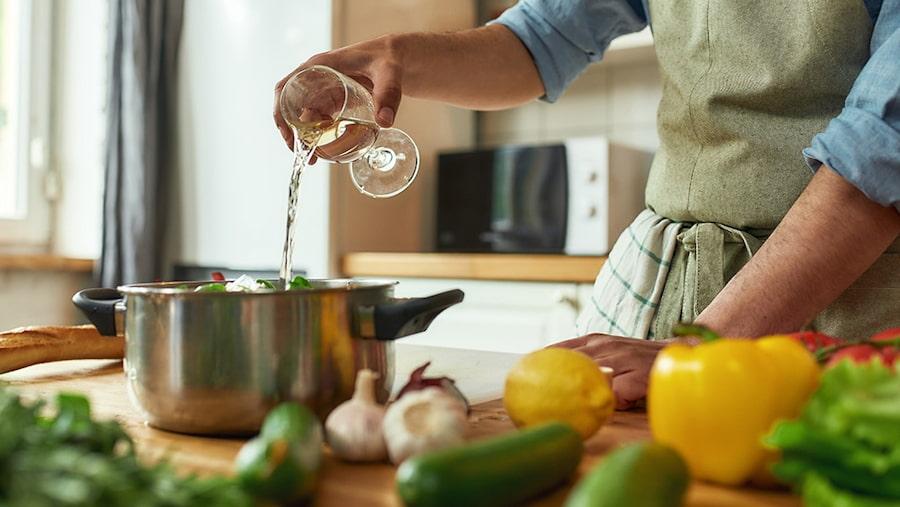 Descubre cuatro recetas con albariño para disfrutar
